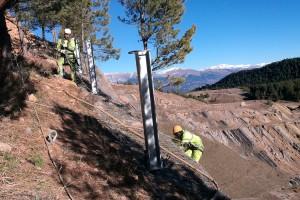 Finalitzen les primeres actuacions a Fumanya per protegir les petjades de dinosaures
