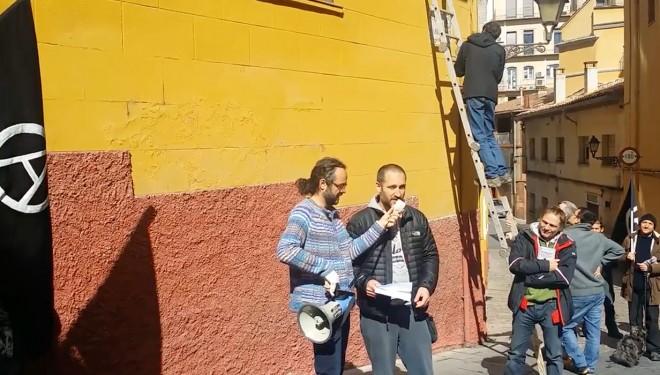 Els anarquistes rebategen sense traves la plaça Sant Ramon de Berga