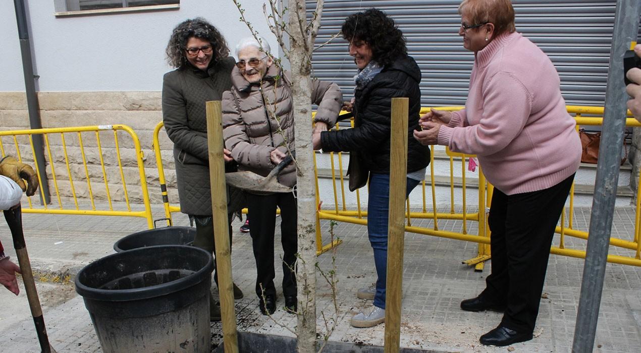 Ginkgo encara la seva primavera més activa al Berguedà per recaptar diners pel càncer infantil