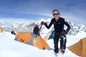 Núria Picas abandona l'ascens del Makalu