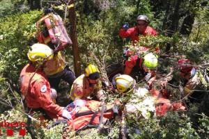 Ferit molt greu a Saldes un agent forestal en quedar atrapat sota una roca de 200 quilos