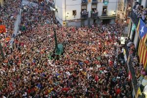 L'Ajuntament acorda amb la brigada tornar a pagar amb diners el 100% de les hores extres de Patum