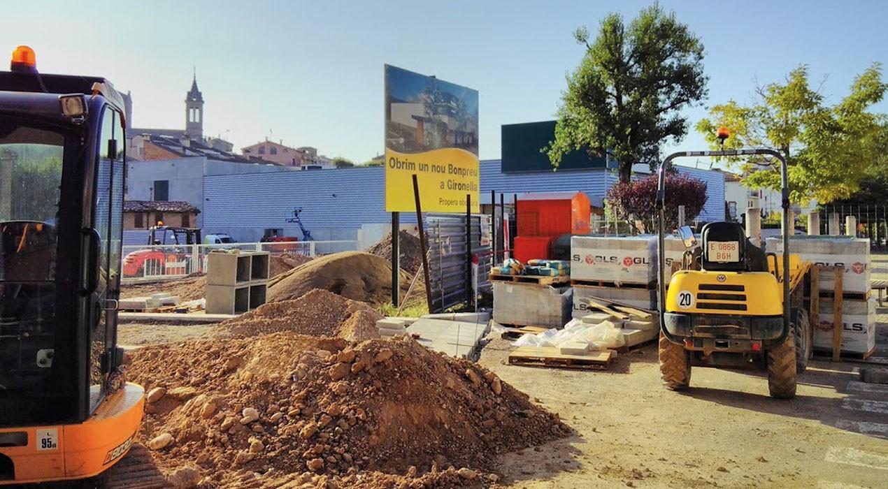 L'arribada del primer gran supermercat a Gironella posa la por al cos als botiguers del poble