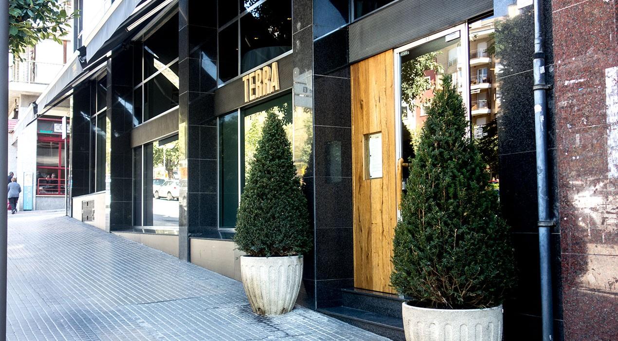 El restaurant Terra reobre les portes de l'antic local del Sala, nou mesos després del tancament