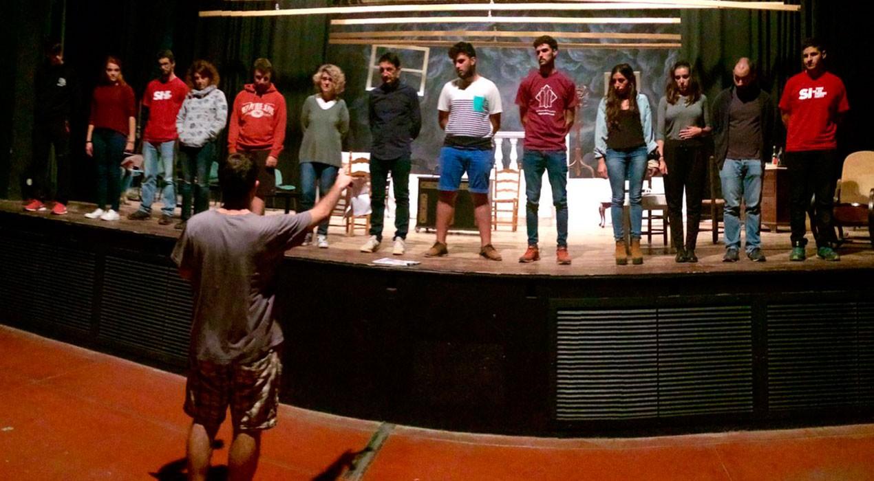 La Farsa torna a portar una obra de Ramon Vinyes als escenaris de Berga en un repte cultural històric
