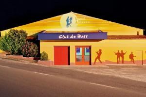 La mítica sala del Local Avianès atura les tardes de ball de manera provisional