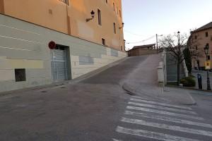 Habiliten més passos i espais per als vianants a l'entorn del convent de Sant Francesc