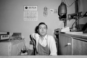 L'Arxiu presenta una exposició de fotos de Joan Cortina, el protagonista del calendari de l'Aquí Berguedà