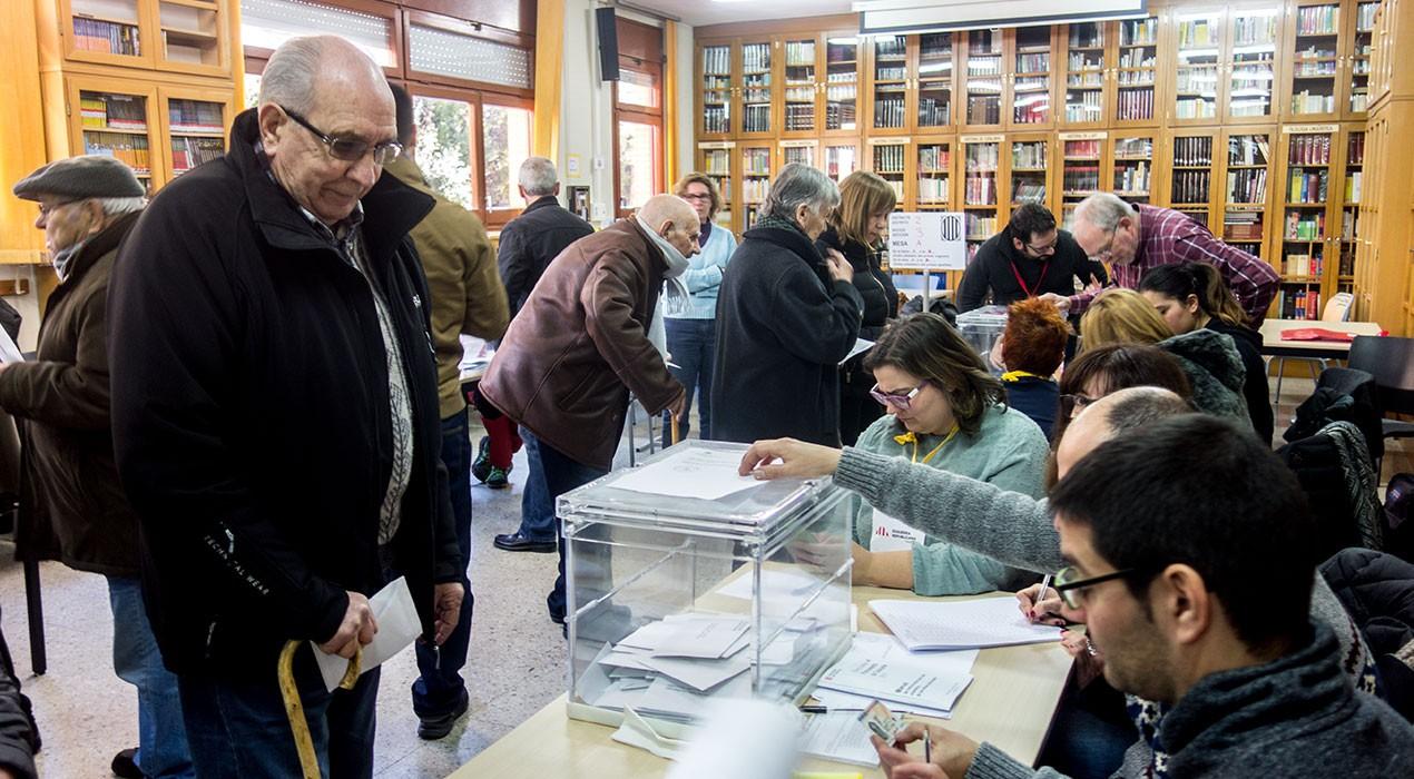 La participació al Berguedà a les 17h s'enfila fins el 70,47% i supera la de les eleccions del  2015