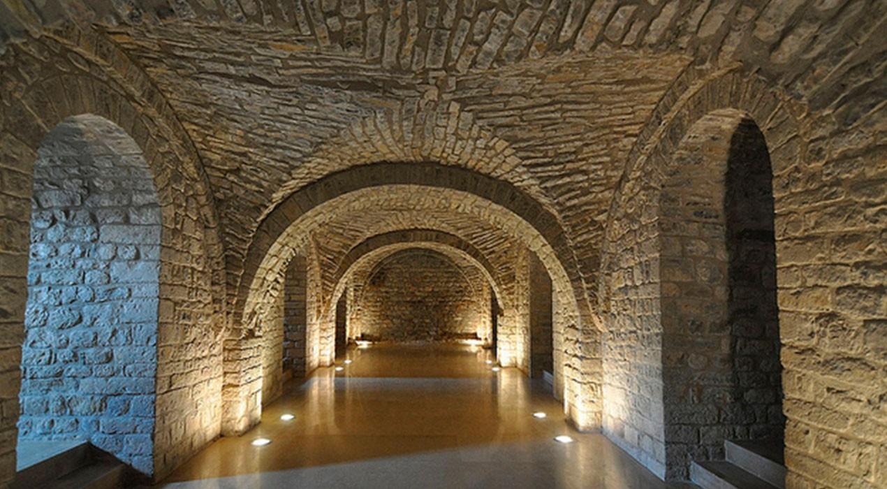 La calefacció arribarà a l'interior del monestir de Sant Llorenç aquesta primavera