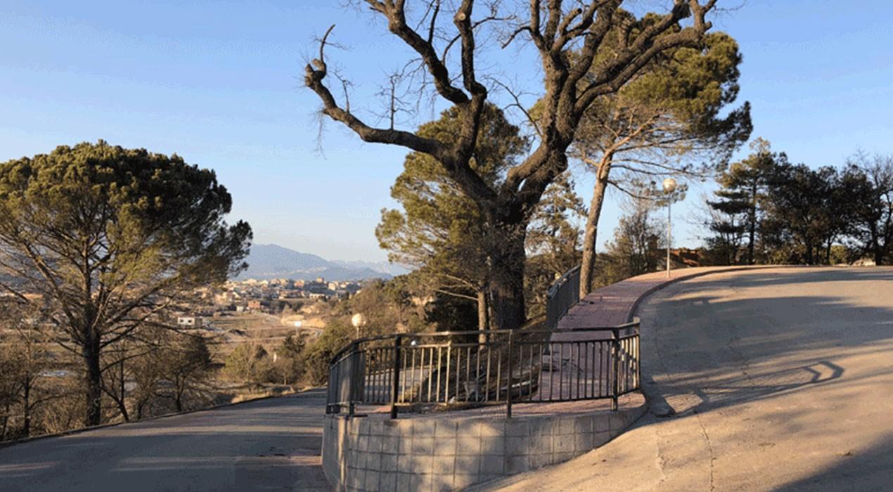 Gironella construeix una vorera a Cal Ramons per evitar que els vianants passin per la calçada