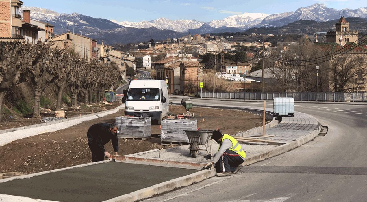 Nous aparcaments, asfaltats i reductors de velocitat a Gironella per millorar la mobilitat