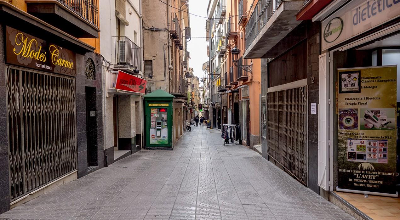 """""""No volem convertir els comerços de Berga en una barra lliure de lavabos, volem una ciutat més amable"""""""
