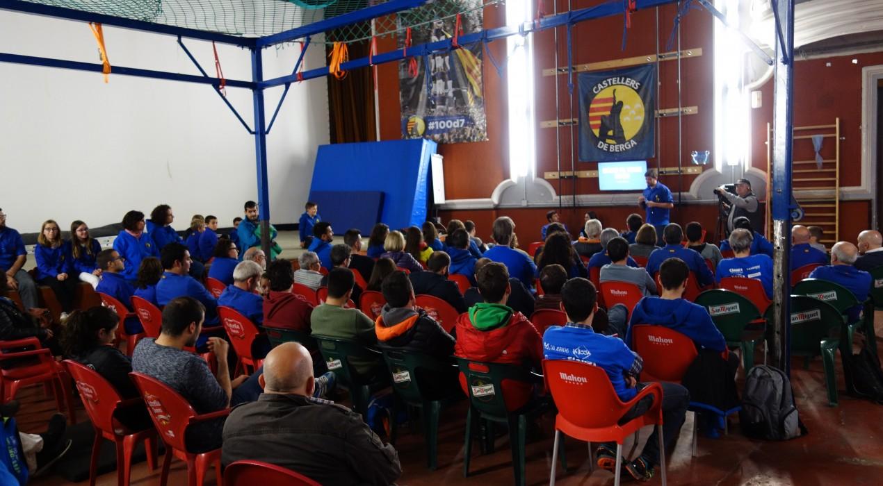 """Els Castellers de Berga demanen ajuda: """"El Cine s'ha convertit en un centre cultural que sostenim sols"""""""