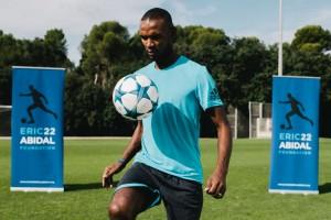 Eric Abidal organitza aquest estiu un campus de futbol a Puig-reig