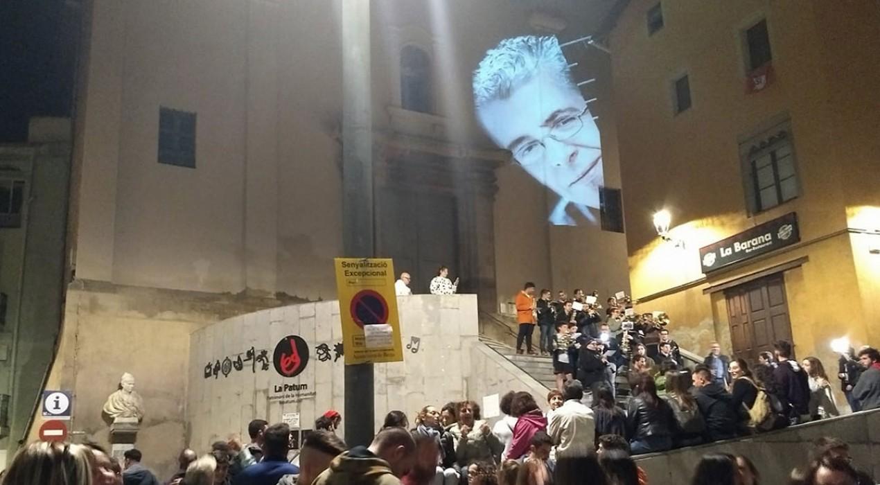 Tirabols, barreja i xocolata: el Cap d'Any Patumaire torna aquest dimecres a la plaça sense oblidar Pòlit Miró