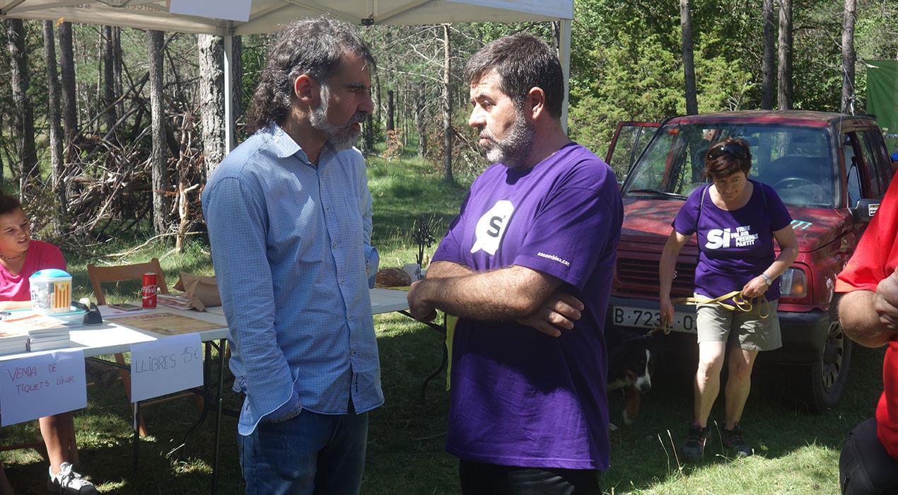 Els missatges de Jordi Sànchez i Jordi Cuixart des de la presó per als patumaires