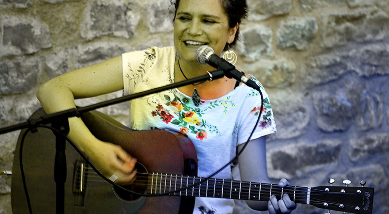VERMUTS MUSICALS: Laura Luceño