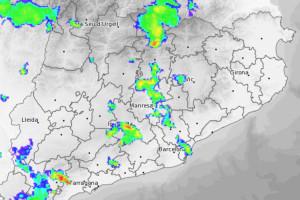 La Patum comença amb inestabilitat meteorològica i augura ruixats intermitents fins divendres