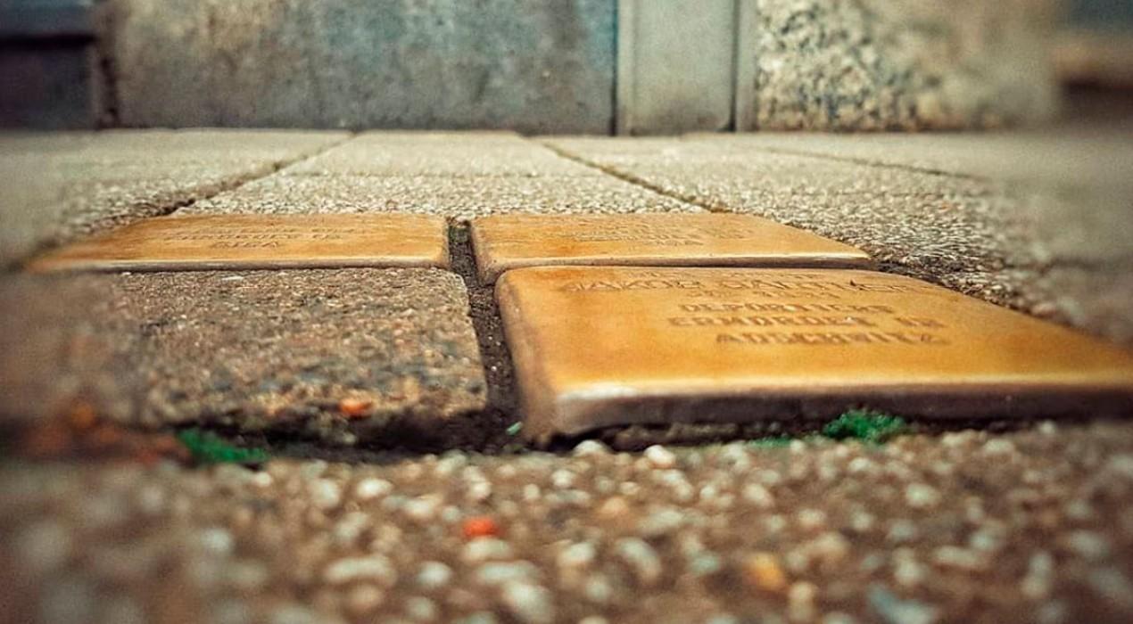 Puig-reig vol col·locar 12 llambordes a la plaça de l'Olivera en record dels deportats als camps nazis