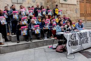 Berga apel·la a la mobilització ciutadana per encarar la inhabilitació de Montse Venturós