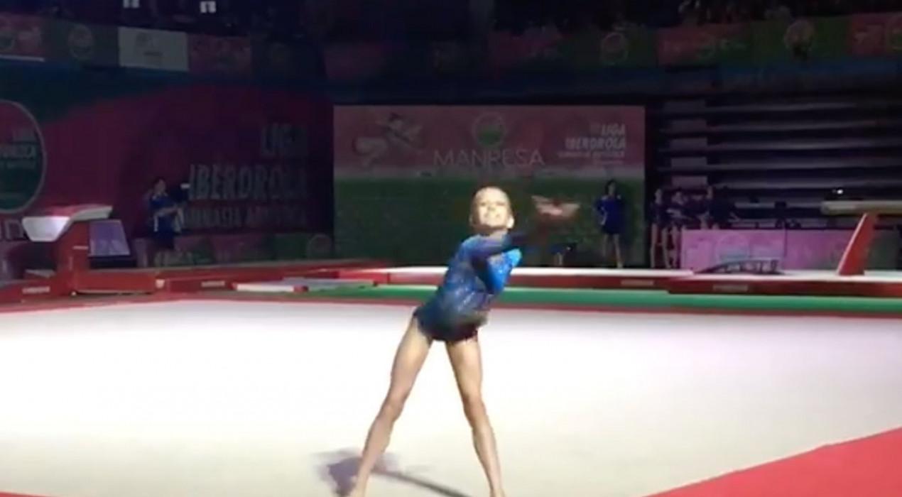 L'espectacular ball de l'Àliga de la Patum de la gimnasta gironellenca Laia Font