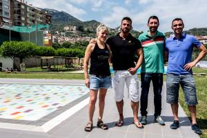 Els gimnasos de Berga ofereixen activitats de franc a la piscina per mantenir la forma durant l'estiu