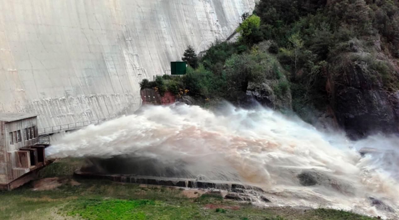 Canviaran els desguassos de fons de la presa de la Baells després de 42 anys