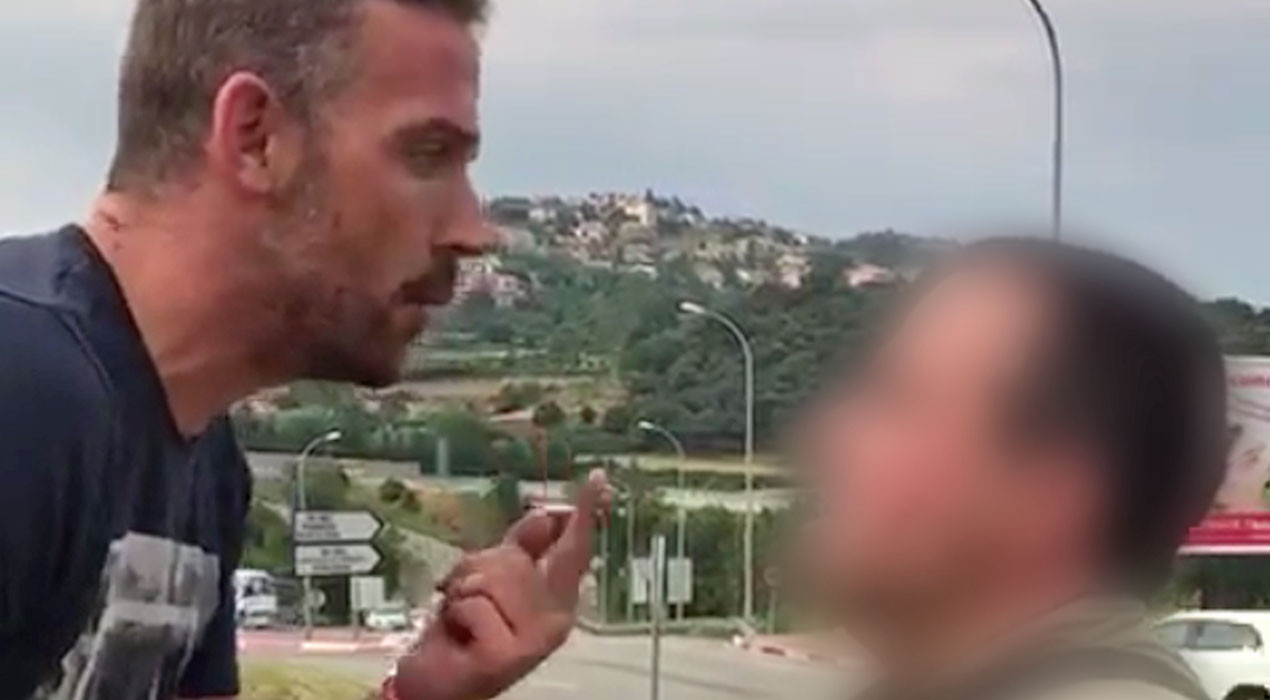 L'home que arrencava estaques ahir a Berga és el que es va disfressar de guàrdia civil davant de la casa de Puigdemont