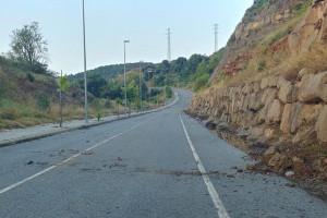 Tanca sine die el vial nord de Puig-reig per un nou despreniment de roques