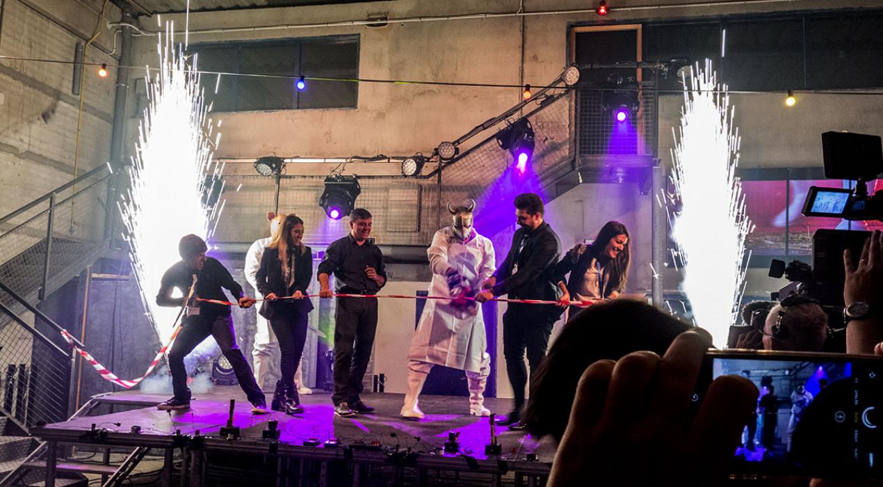 Horrorland obre portes amb un acte inaugural impressionant i un tall de cinta amb motoserra