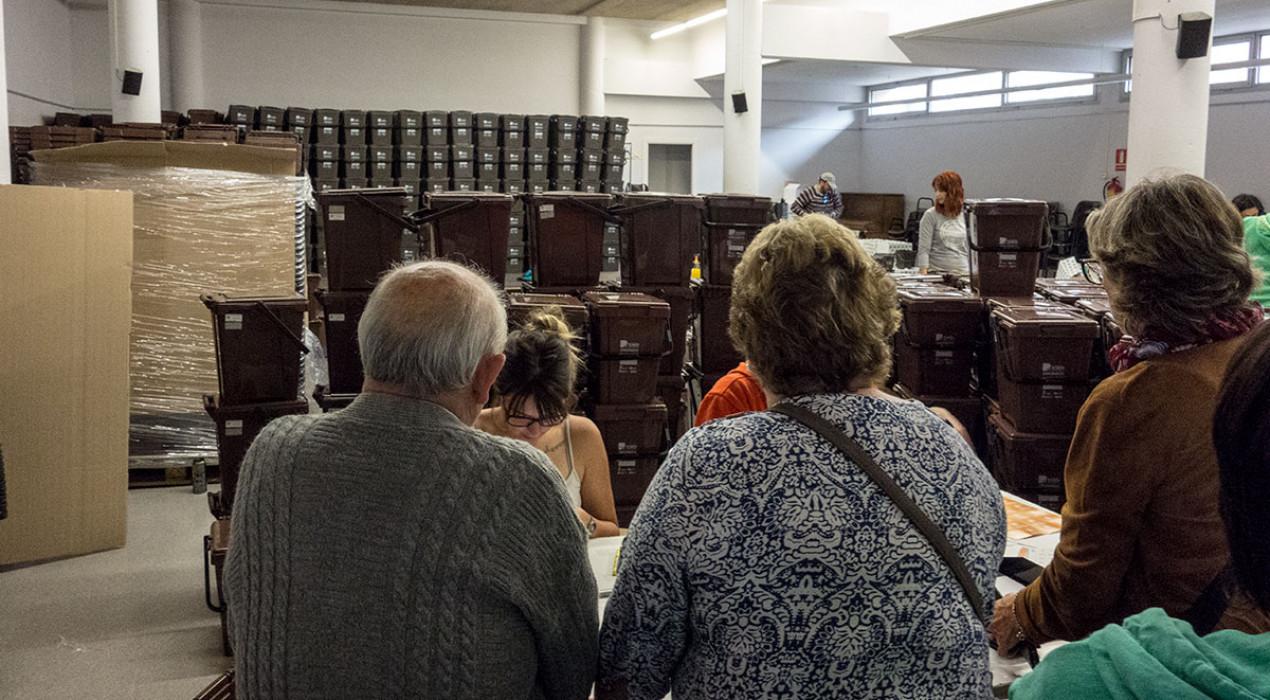 El Consell Comarcal manté la recollida porta a porta, però tanca els punts d'informació i dispensació de bosses