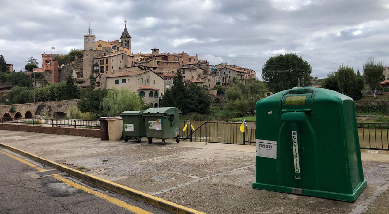 Comencen a retirar els contenidors dels nou municipis que inicien el porta a porta aquest diumenge