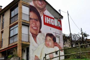 Els carrers d'Avià es converteixen en un aparador d'obres d'art que fa furor a tot el país