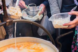 La Fira de la Puríssima potencia l'oferta gastronòmica i estrena un tast de productes de proximitat a la plaça de la Vila