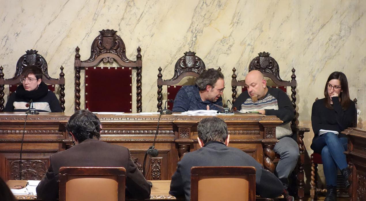 """El govern de Berga contractarà el nou interventor i diu que el PDeCAT ha fet """"el ridícul"""" acusant-los de """"favoritisme"""""""