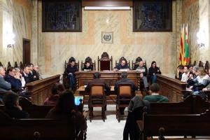 L'Ajuntament de Berga dona suport a la vaga de fam dels presos Turull, Jordi Sànchez, Rull i Forn