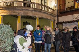 Desenes de persones es concentren a Berga en suport a les dones andaluses davant l'arribada de l'ultradreta al govern