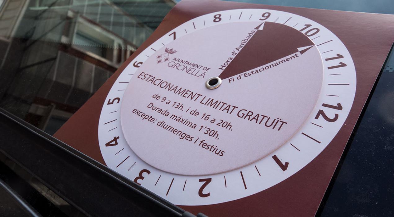 Gironella amplia la zona d'aparcament per a residents i canvia l'horari en què el comprovant és obligatori