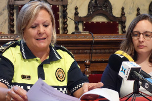 """El comiat de Fina Vizuete, la sergenta en cap de la Policia Local de Berga: """"Han estat 36 anys dedicats a una professió que estimo"""""""