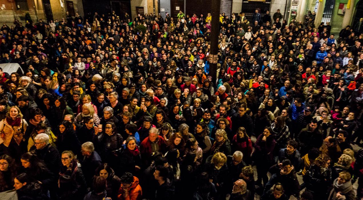Unes 1.500 persones es manifesten a Berga contra les darreres agressions sexuals al Berguedà