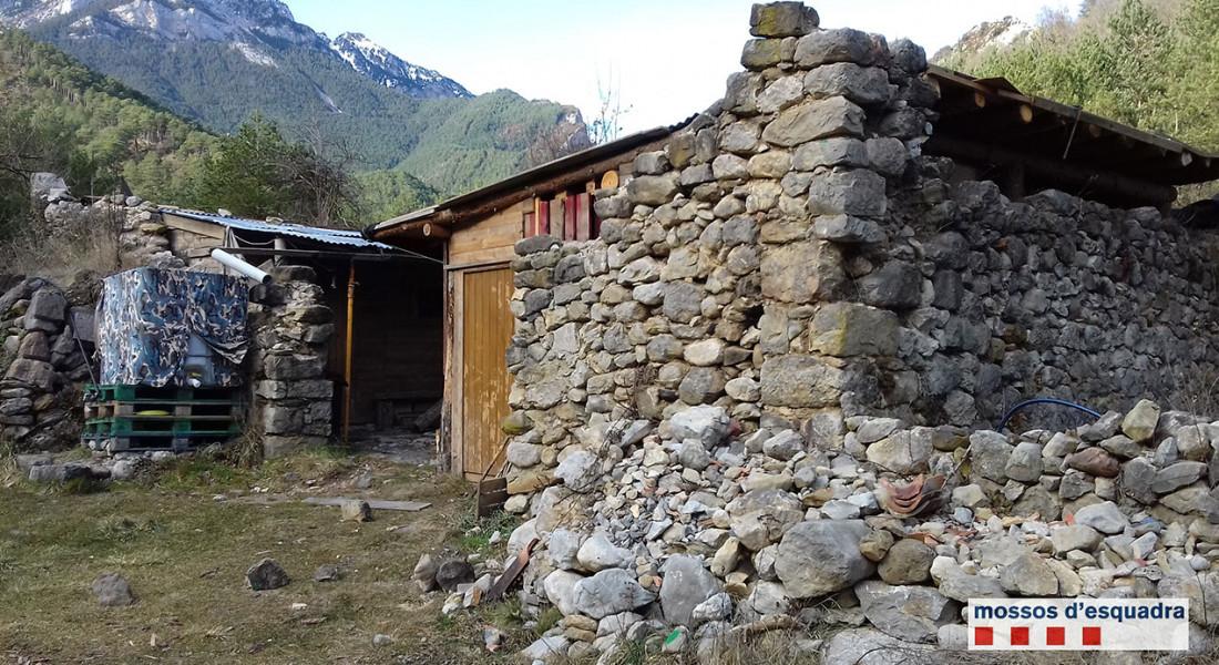 mossos-denuncien-edifici-cadi-moixero