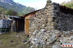 Denuncien tres veïns de Barcelona per edificar sense permís dins el Parc Natural del Cadí-Moixeró