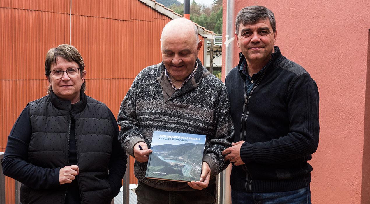 """Editen un llibre sobre Sant Salvador de la Vedella per """"recordar i no oblidar"""" la desaparició del poble"""