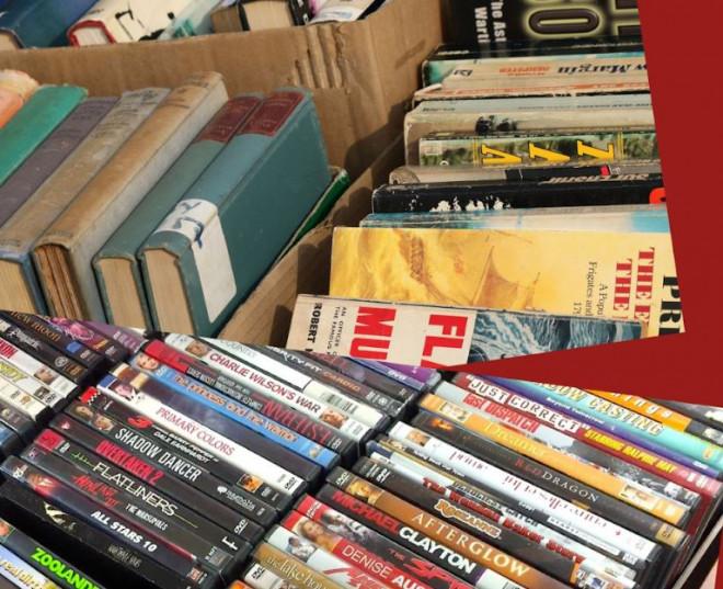 Petit Mercat de llibres, DVD i CD @ Biblioteca Ramon Vinyes i Cluet (BERGA)