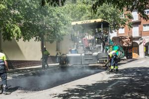 La Generalitat asfalta diversos trams de carrers de Berga abans de cedir-los a l'Ajuntament