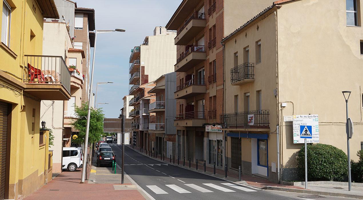"""L'oposició d'Avià demana al govern que deixi de desinfectar els carrers perquè """"pot crear problemes de salut pública i ecològics"""""""