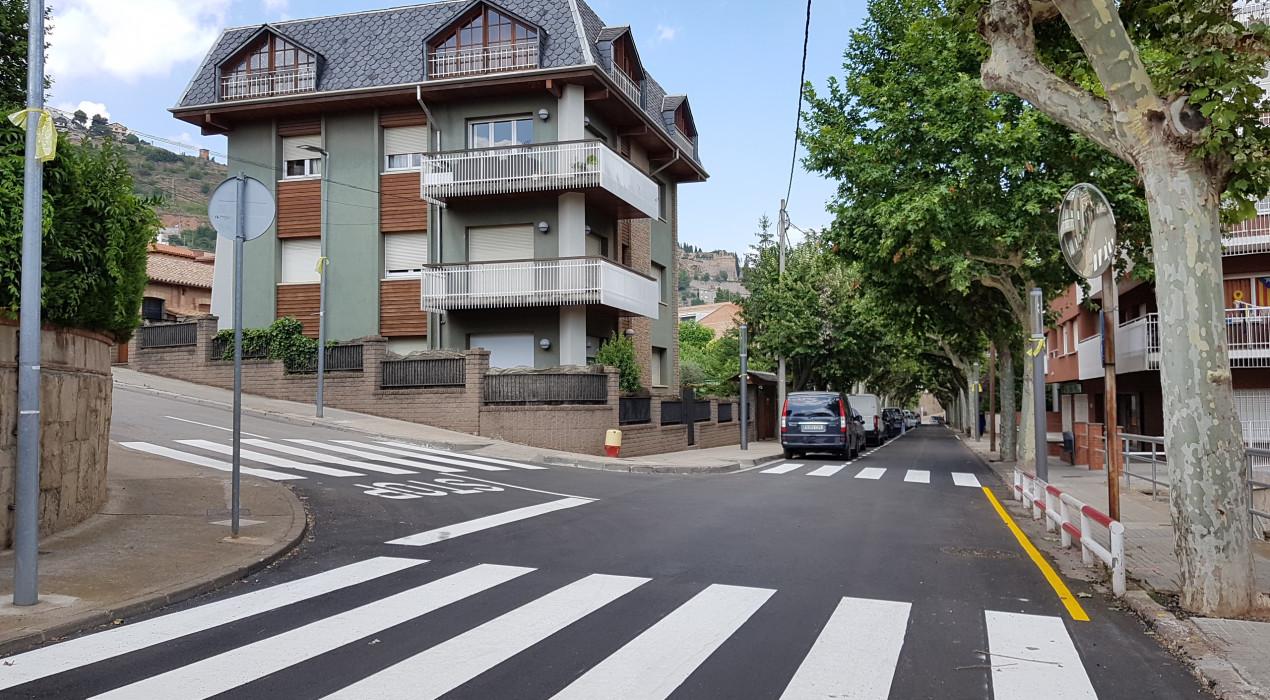 Els aparcaments gratuïts de les Estaselles canvien de banda de la vorera