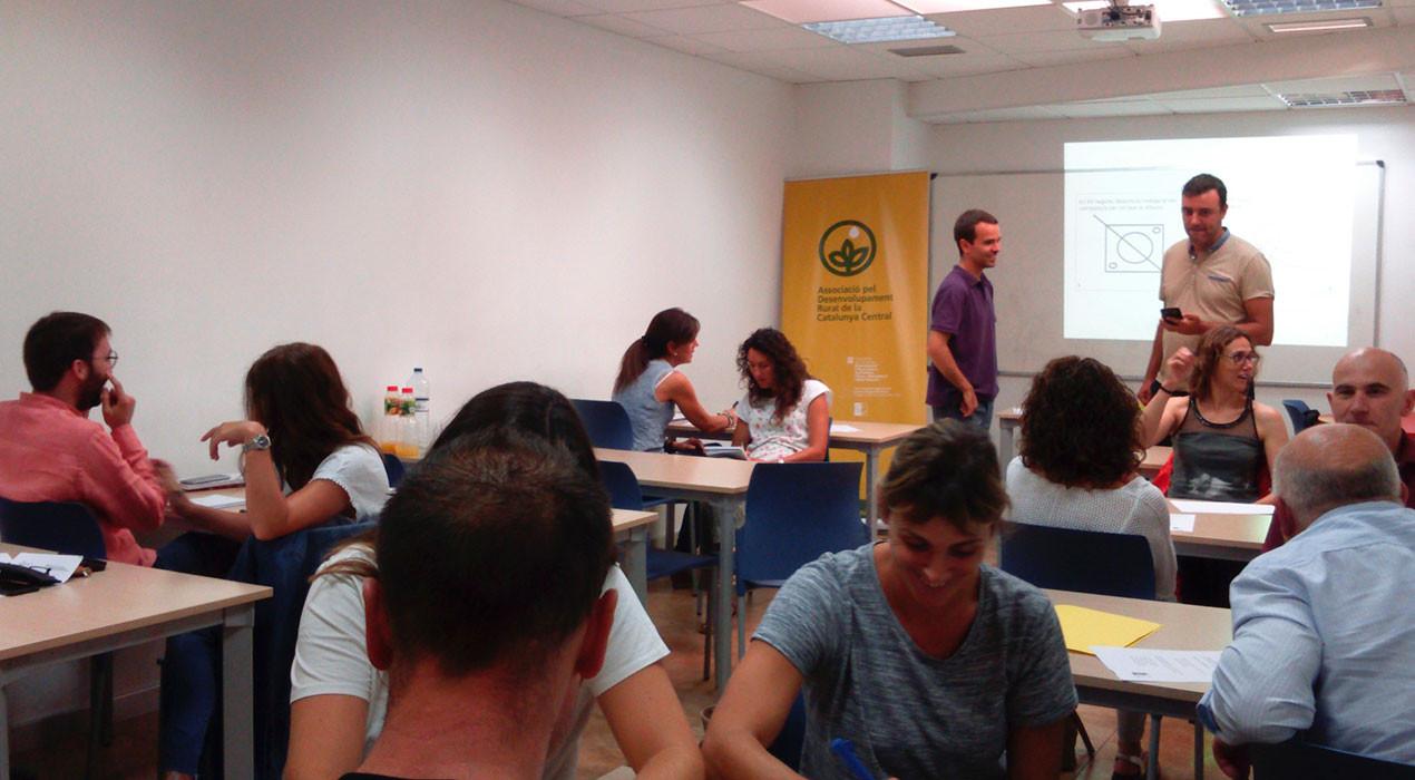 Creen subvencions perquè les empreses contractin persones nouvingudes a la Catalunya Central