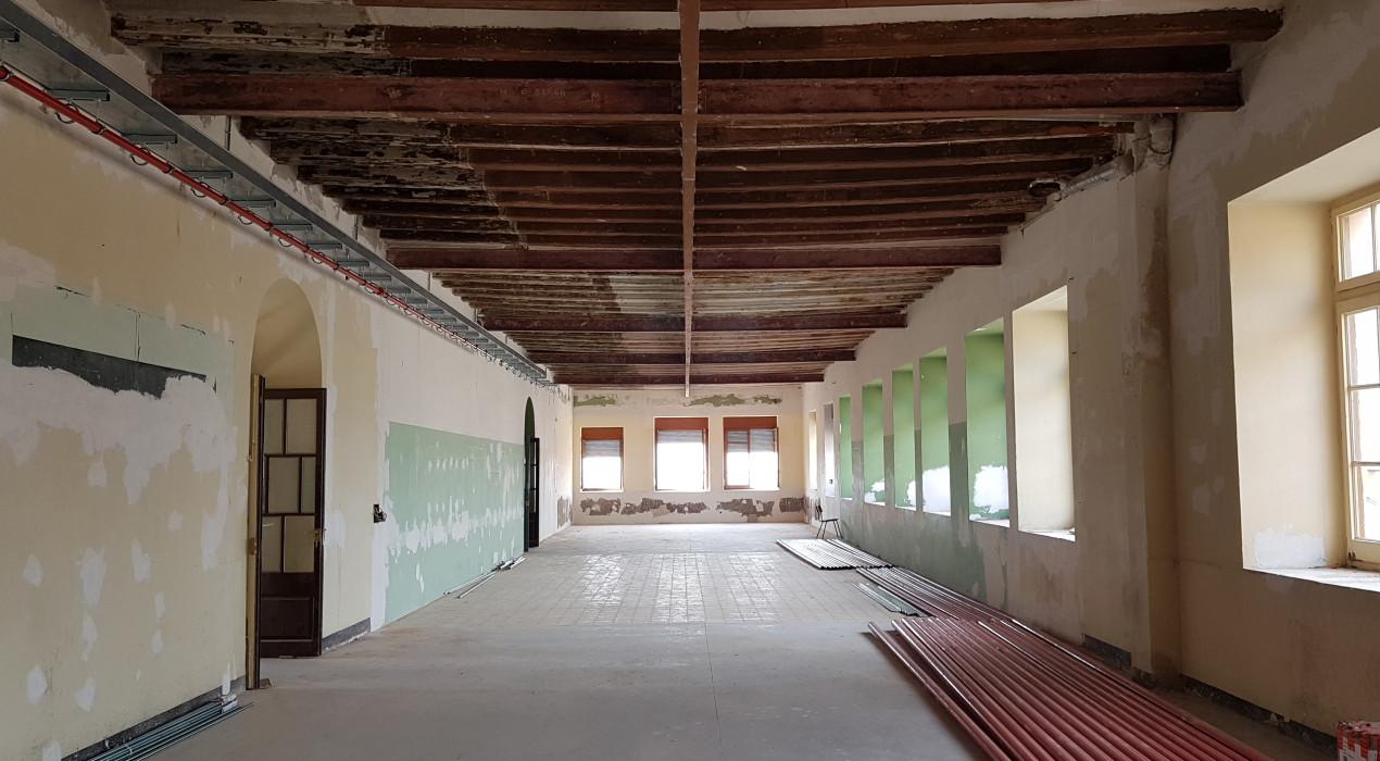 L'Ajuntament de Berga i 'La Caixa' impulsen la rehabilitació de la planta baixa del convent de Sant Francesc de Berga, en desús des del 2014